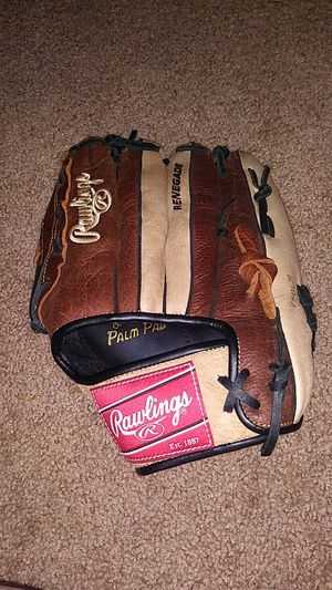 Rawlings renegade slow pitch softball glove for Sale in Woodbury, NJ