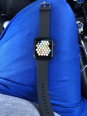 Apple Watch series 4 44mm for Sale in Stockton, CA
