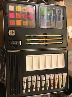 Art set [Good] - this whole set is only $8 now :) for Sale in Gaithersburg, MD