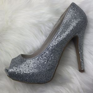 Aldo Silver Formal Heels for Sale in Carrollton, TX