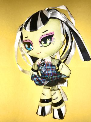 MONSTER HIGH • FRANKIE STEIN • PLUSH DOLL • for Sale in Bell, CA