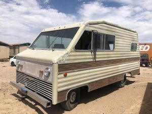 Chevrolet Titan Motorhome for Sale in El Paso, TX