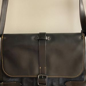 Coach Messenger Bag for Sale in Miami, FL