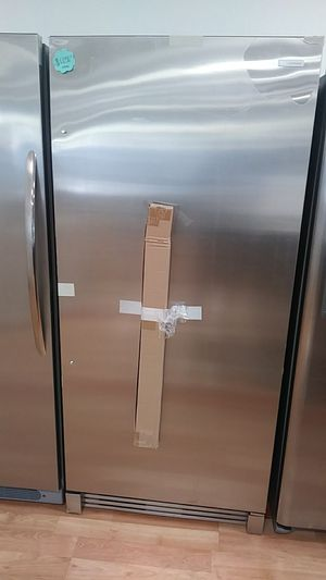 NEW ELECTROLUX REFRIGERATOR for Sale in Montclair, CA