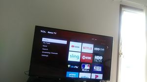 This is a 55 inch tcl roku tv perfect shape for Sale in Crown Point, IN