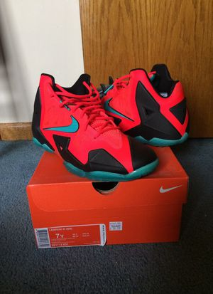 Nike Lebron XI for Sale in Chicago, IL