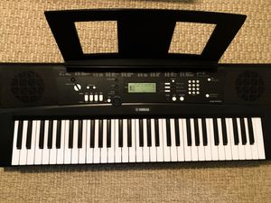 Yamaha EZ-220 Piano for Sale in Seaside Heights, NJ