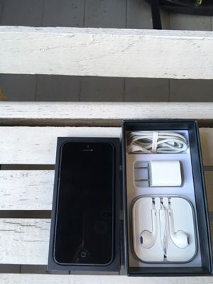 iPhone 5 Used for Sale in Nashville, TN
