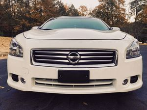 Low miles Nissan Maxima 2011 3.5 type.fwdWHeelss for Sale in Baltimore, MD