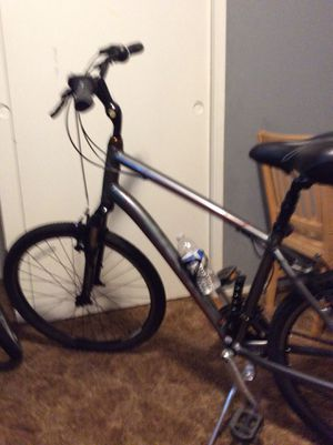 Giant men's 21 speed bike for Sale in Madera, CA