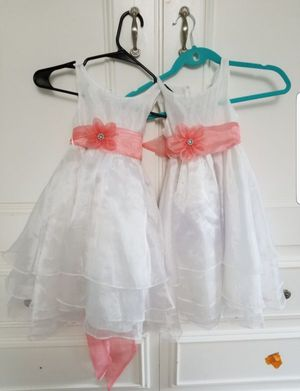 2 flower girls dresses size 3-4...see map for pick up area👇...price for both for Sale in Long Beach, CA