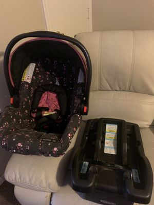 Car seat,good condition,baby got bigger for Sale in Killeen, TX
