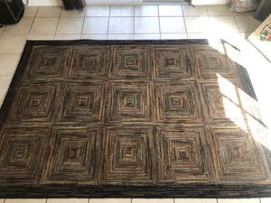 Area rug free for Sale in San Diego, CA
