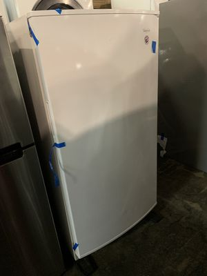 New Whirlpool scratch/dent upright freezer for Sale in Baltimore, MD