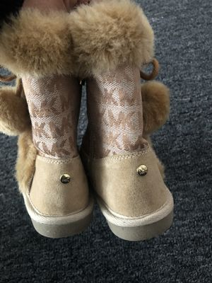 Mk boots for Sale in Steger, IL