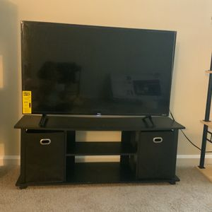 43 Inc Tv With Tv Stand for Sale in Ellicott City, MD