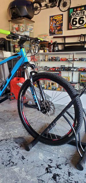 GT Aggressor pro mountain bike for Sale in Baldwin Park, CA