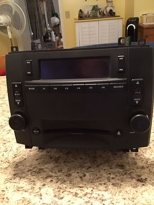 Cadillac CTS srx Oem am fm radio stereo CD player for Sale in Evansville, IN