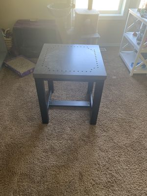2 end tables for Sale in Kennewick, WA