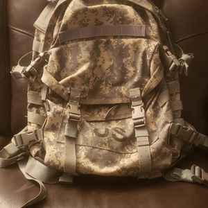 US ARMY BACKPACK for Sale in Antioch, CA