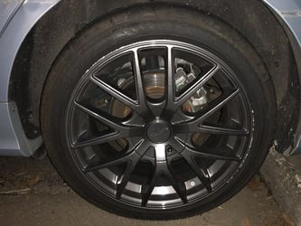 "17"" black rims with barely work tires for Sale in Charlotte,  NC"