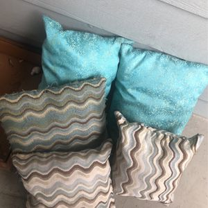 Decorative Pillows for Sale in The Colony, TX