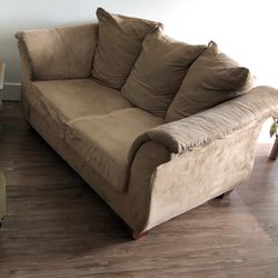 Free Couch! Will Pay You To Pick It Up for Sale in Seattle,  WA