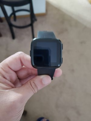 Fitbit Versa for Sale in Lake Wales, FL