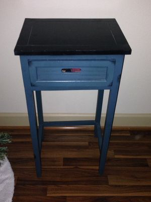 Side table/ night stand for Sale in Houston, TX