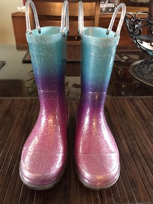 Girls rain boots size 11/12 for Sale in Santa Ana, CA