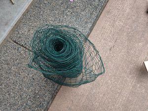 Free chicken wire for Sale in Everett, WA