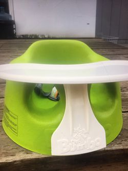 BUMBO SEAT BABY for Sale in Tacoma,  WA