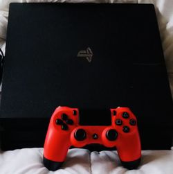 PS4 1Tb Two Controllers for Sale in Southfield,  MI