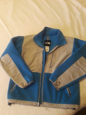 North face size s for Sale in Golden, CO