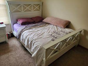 Queen Bedroom Set for Sale in Gahanna, OH