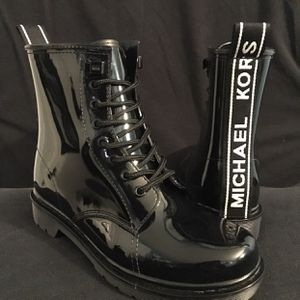Michael Kors Tavie Lace Up Rain Boots Women Sz 6 for Sale in Potomac, MD