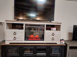 Whitewash TV Stand with Fireplace for Sale in Santa Ana, CA