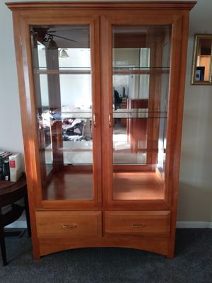 Cherry oak lighted display hutch for Sale in East Wenatchee, WA