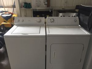 Whirlpool washer and gas dryer for Sale in San Luis Obispo, CA