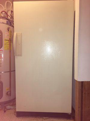 Kenmore Upright Freezer, 17.4 cubic feet for Sale in Seattle, WA