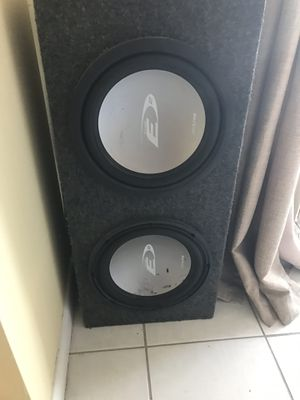 Alpine SWE-1242 Subwoofer box with speakers for Sale in Miami, FL