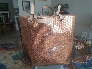 Kenneth Cole tote bag for Sale in Wichita, KS
