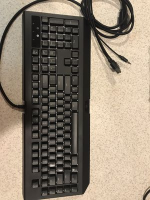 Racer Blackwidow Chroma V2 : Perfect condition : works like new for Sale in Palm Harbor, FL