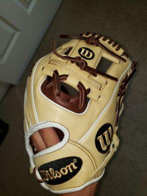 Wilson A2000 11.5inch Baseball Glove for Sale in Riverside, CA