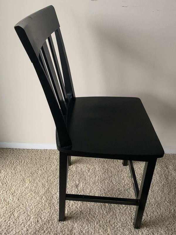 5 piece dining set- black high top table with 4 chairs