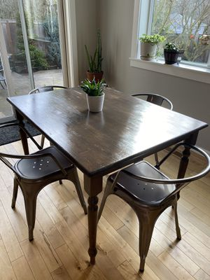 Wooden table w/ 6 gray metal chairs for Sale in Washougal, WA