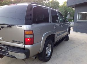 2002 chevy Tahoe 4x4 LT. for Sale in Kansas City, MO
