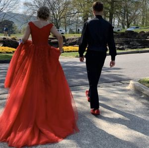 Red Sherri Hill prom dress Size 2 for Sale in New York, NY