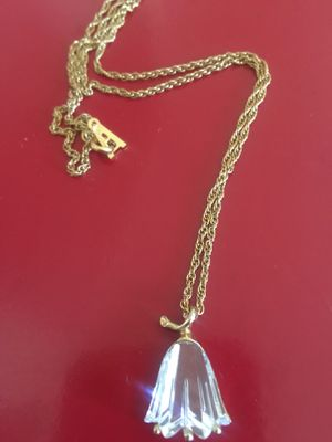 Vintage bellflower crystal necklace for Sale in Riverbank, CA