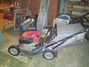 Honda Hrc 216 commercial lawn mower for Sale in Manteca, CA